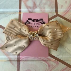 NEW✨ Tarina Tarantino Swarovski Crystal Hair Bow